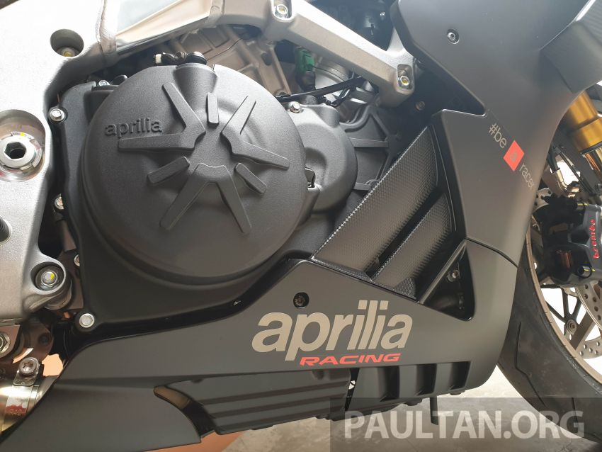 Can canh Aprilia RSV4 1100 Factory 2019 voi gia gan 1 ty VND - 17