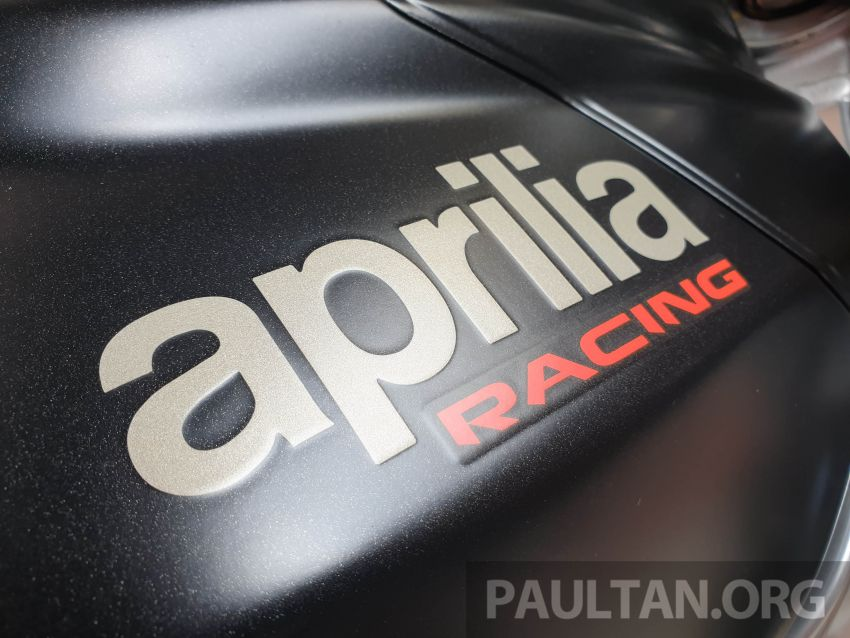 Can canh Aprilia RSV4 1100 Factory 2019 voi gia gan 1 ty VND - 26