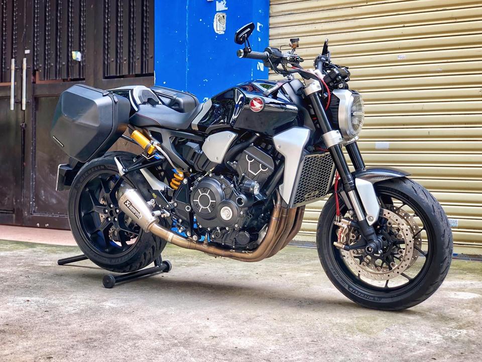 Chiem nguong Honda CB1000R Neo Plus Sport Touring duy nhat o Viet Nam
