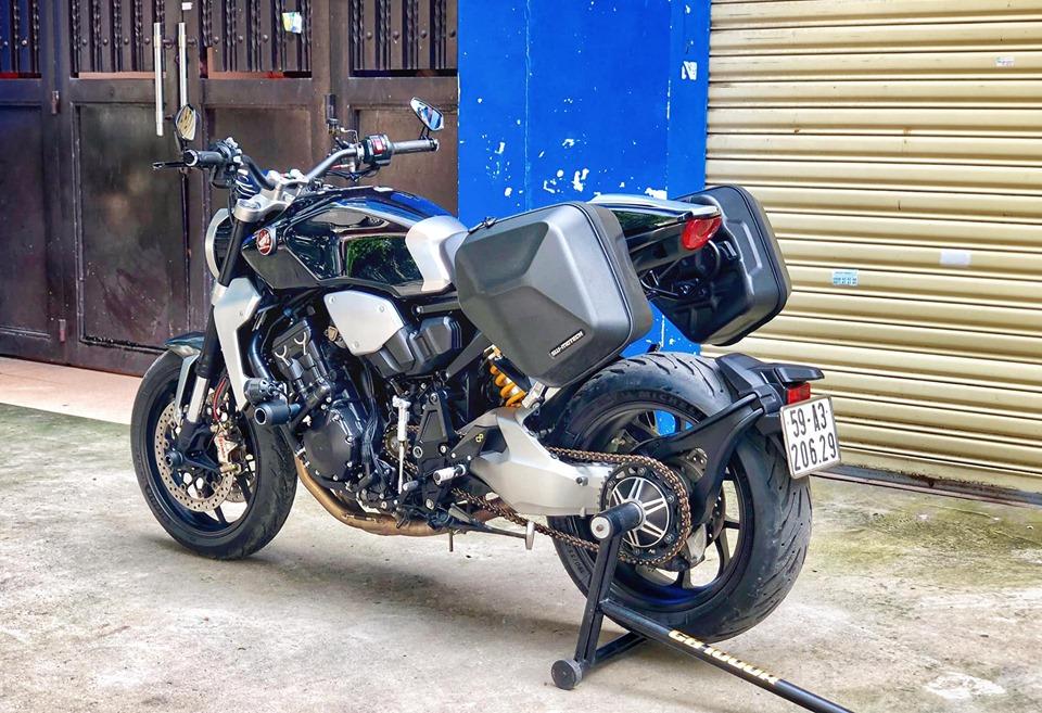 Chiem nguong Honda CB1000R Neo Plus Sport Touring duy nhat o Viet Nam - 11