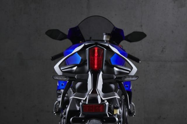 Danh gia Yamaha R1 2020 voi nhieu doi moi so voi phien ban cu - 5