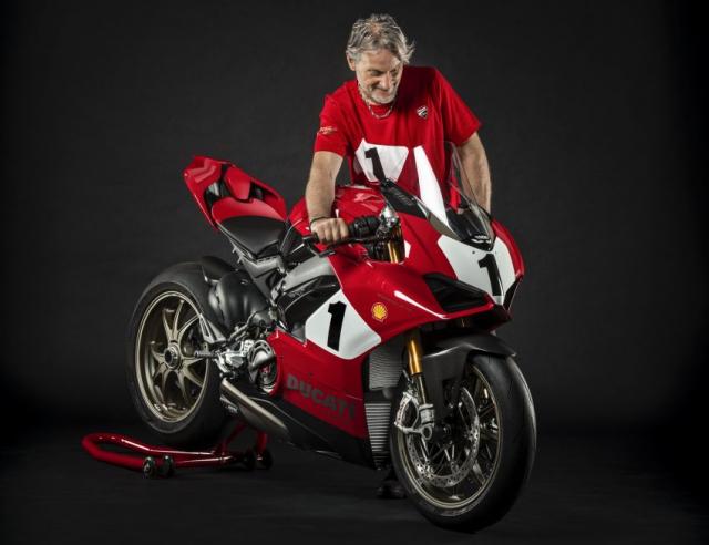 Ducati Panigale V4 25th Anniversary 916 len san voi gia hon 1 ty dong - 5
