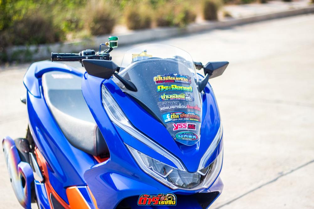 Lang nhin PCX 150 do mang net dep huyen bi cua biker Thai Lan