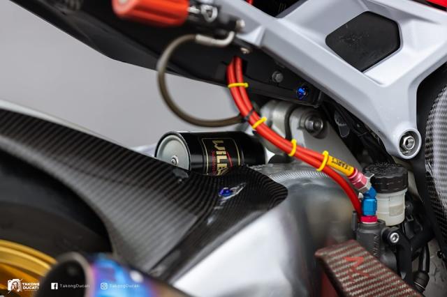 Honda CBR1000RR do sieu khung theo phong cach duong dua - 14