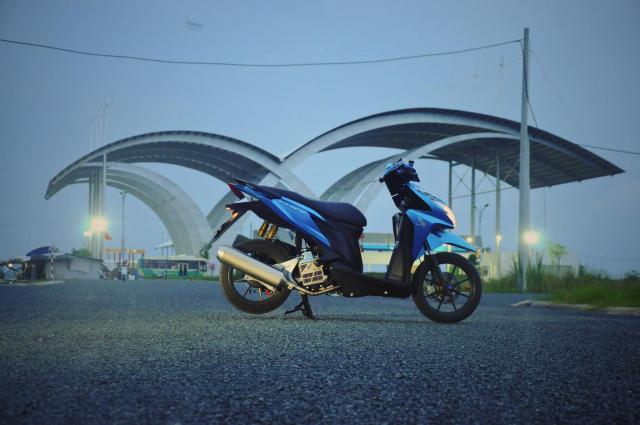 Click 125 do bien the moi voi doi chan quyen ru cua biker Soc Trang