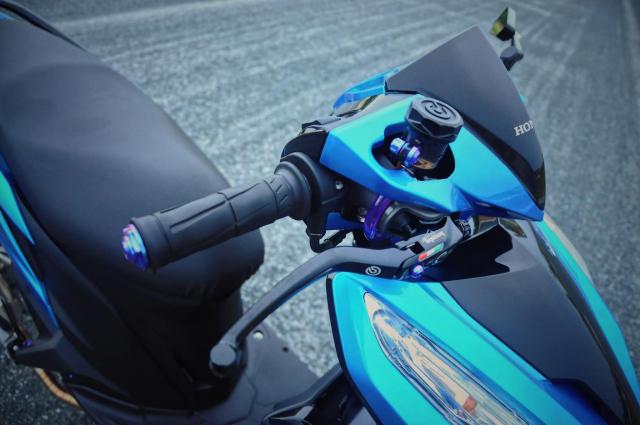 Click 125 do bien the moi voi doi chan quyen ru cua biker Soc Trang - 3