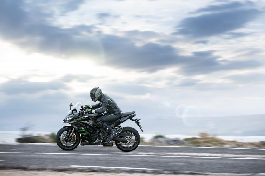 Kawasaki Ninja 1000SX 2020 bat ngo ra mat voi dien mao hoan toan moi - 8