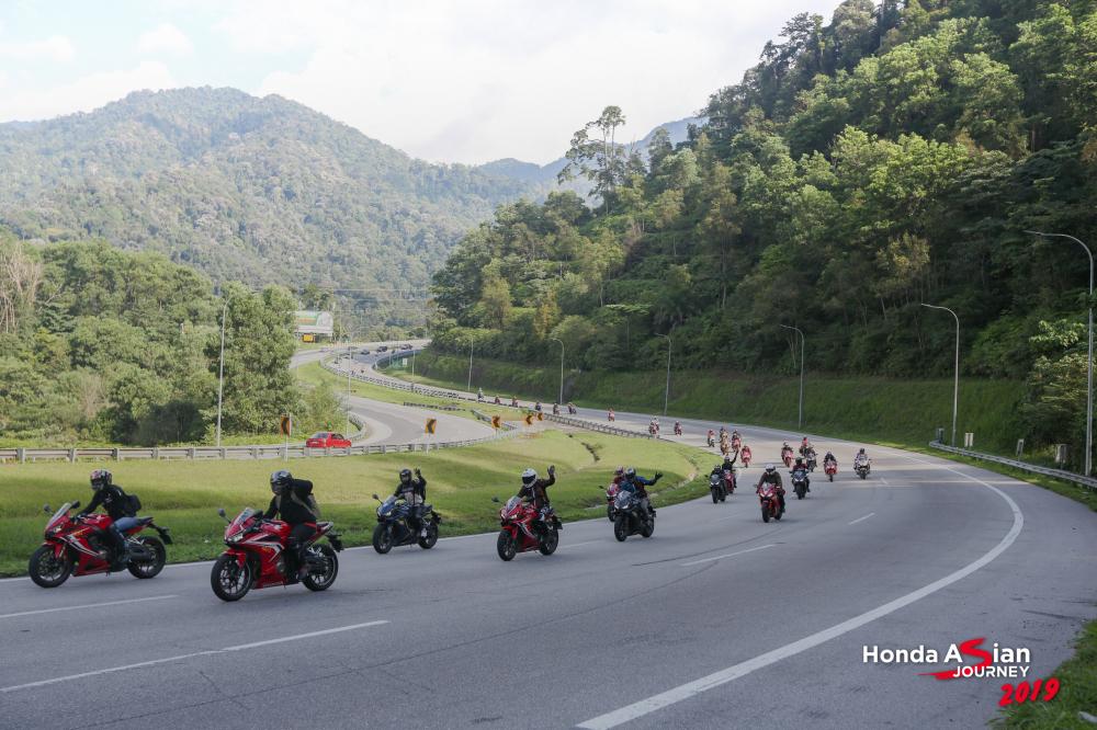 Thu thach hanh trinh hon 400km cung bo ba CBR500R CBR650R va CBR250RR tai Honda Asian Journey 2019 - 24