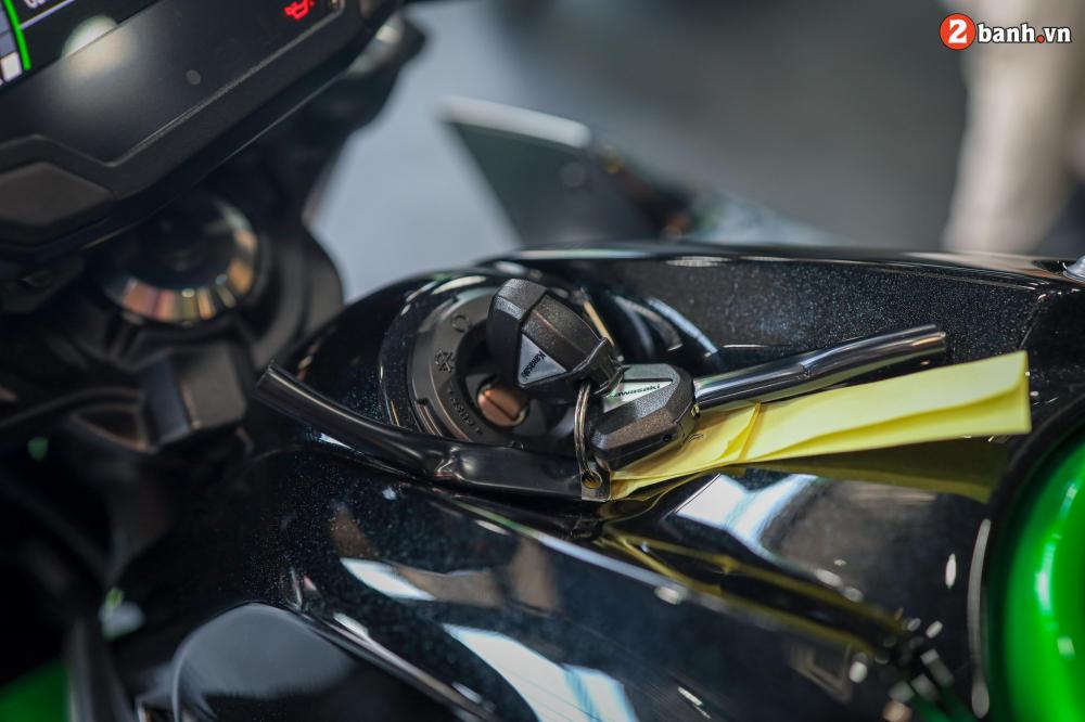 Can canh Kawasaki Z650 2020 ve Viet Nam voi gia ban de tho - 17