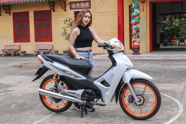 Wave 2020 do dep ngo ngang ben canh bong hong - 5