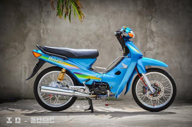 Honda Wave bat tu theo thoi gian voi dan chan KHUNG - 9